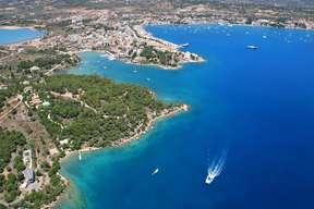 destination saronic_islands porte-heli