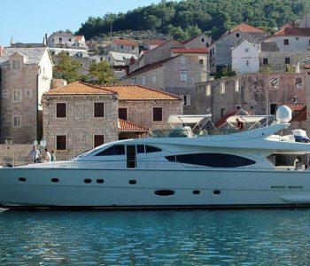 ADE-YEIA-yacht--19