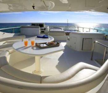 ADE-YEIA-yacht--2