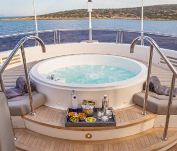 AQUA-LIBRA-yacht-4