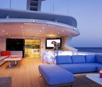 BARENTS-SEA-yacht-2