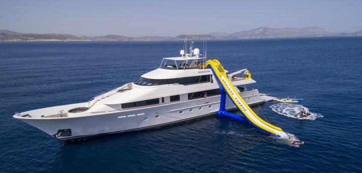 ENDLESS_SUMMER-yacht