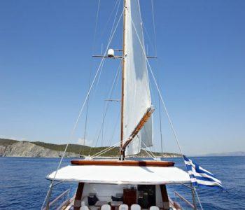 IRAKLIS-L-yacht-2