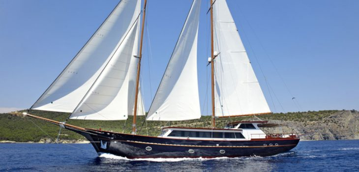 IRAKLIS_L-yacht