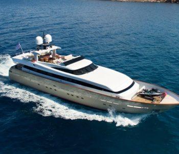 ITHAKI-yacht-1