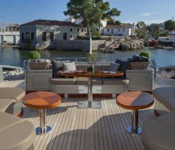 MY-TOY-yacht-3