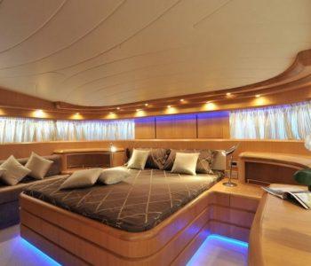 PARIS-A-yacht-14