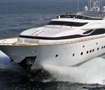 PARIS-A-yacht-2