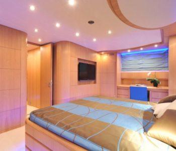 PARIS-A-yacht-20