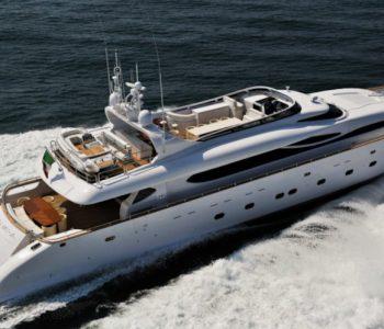 PARIS-A-yacht-4