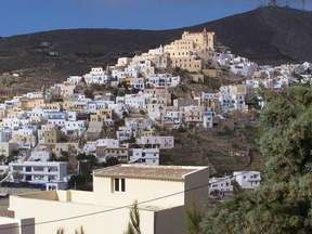 destination cyclades syros